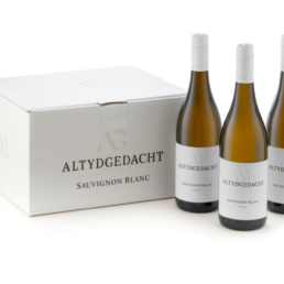 Sauvignon Blanc Bottle and box